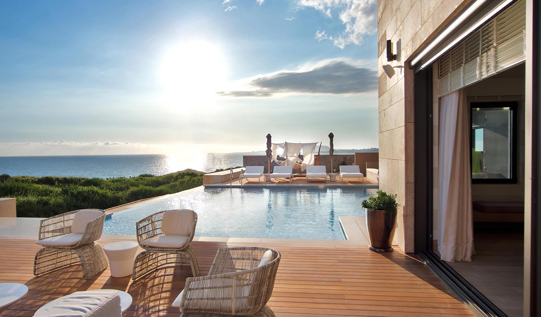 """""""Costa Navarino""""  ( Греция, Пелопоннес ) – небольшой туристический городок, созданный специально для элитного отдыха и эксклюзивных развлечений!"""